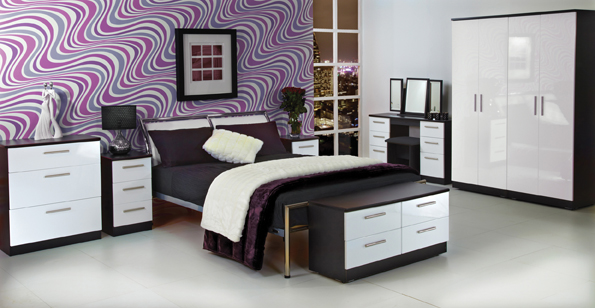 black gloss mirrored bedroom furniture photo - 6