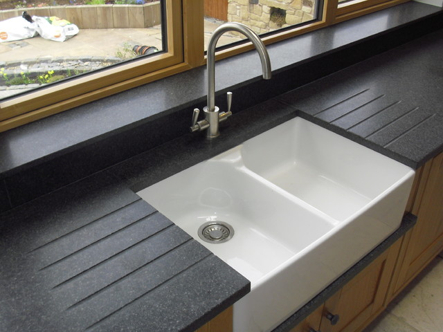 black granite belfast sink photo - 6