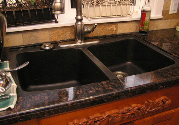 black granite sink photo - 2