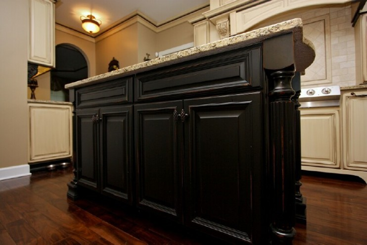 black kitchen cabinets photo - 3