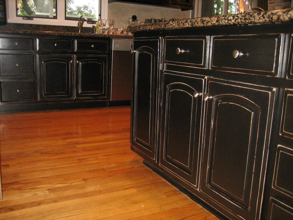 black kitchen cabinets photo - 6
