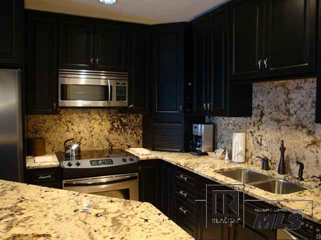 Dark Granite Countertops : Black kitchen cabinets and granite countertops Interior & Exterior ...