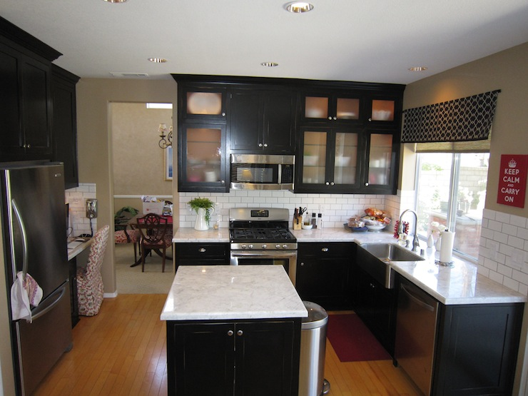 Black Kitchen Cabinets. Black And White Kitchen With White Top ...