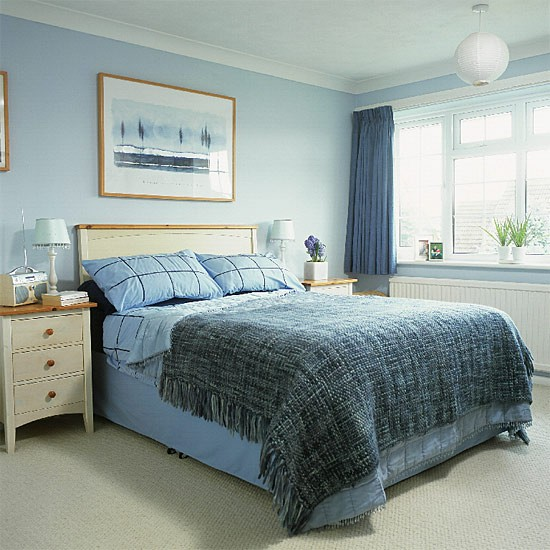 blue and white bedroom accessories photo - 2