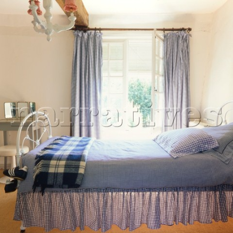 blue and white country bedrooms photo - 1