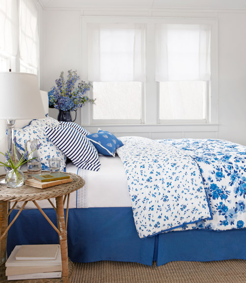 blue and white country bedrooms photo - 3