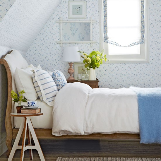 blue and white country bedrooms photo - 5