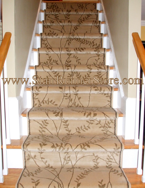 carpet runner for stairs installation photo - 2