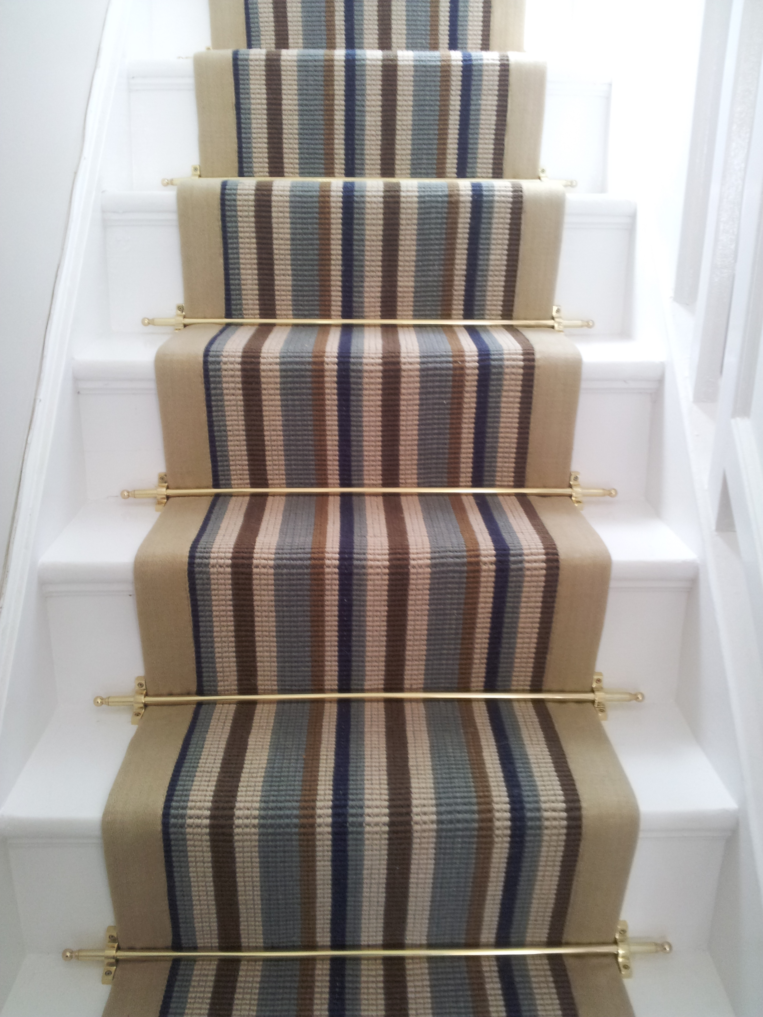carpet runners and stair rods photo - 2
