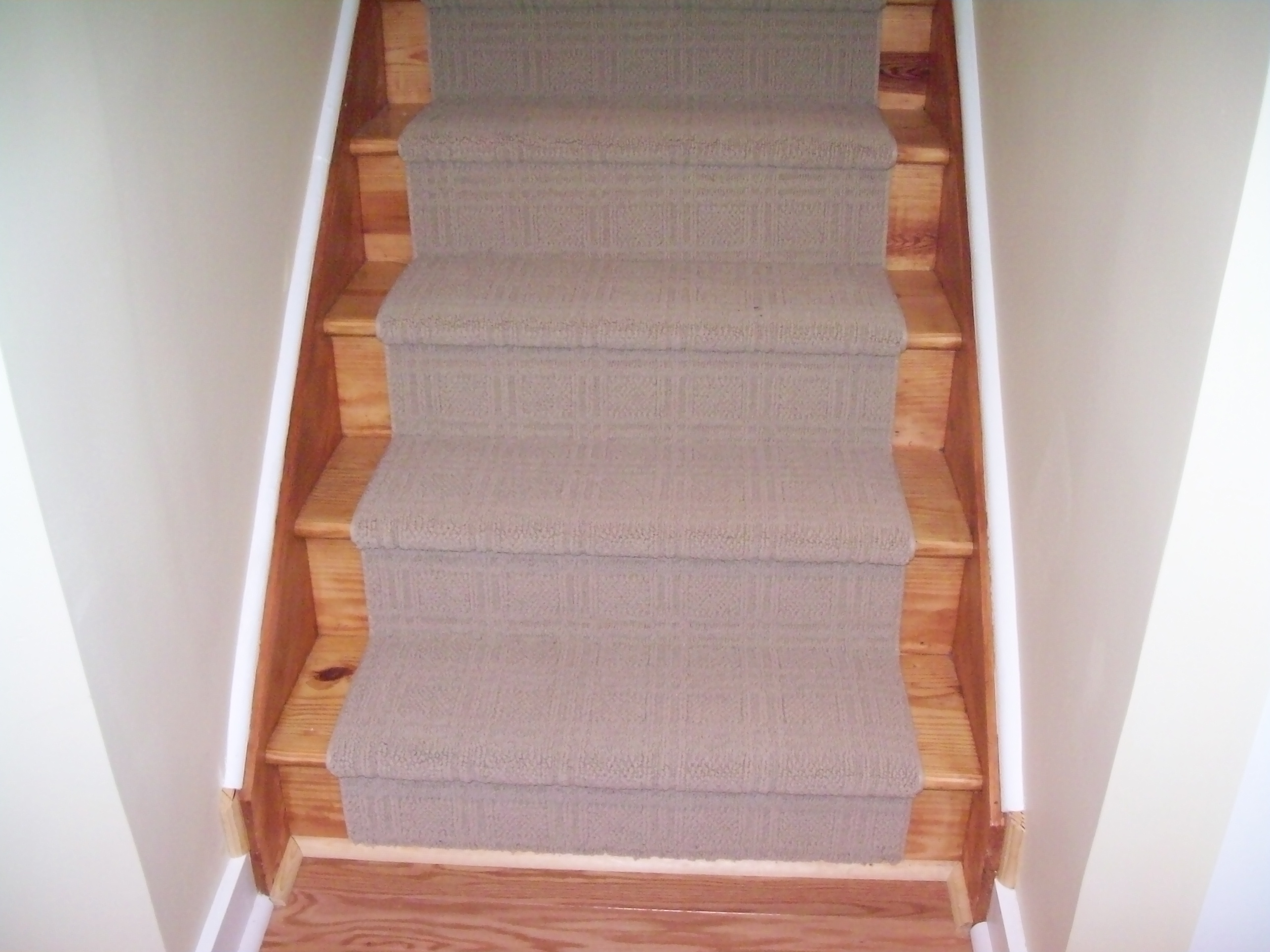 carpet runners for stairs modern photo - 3