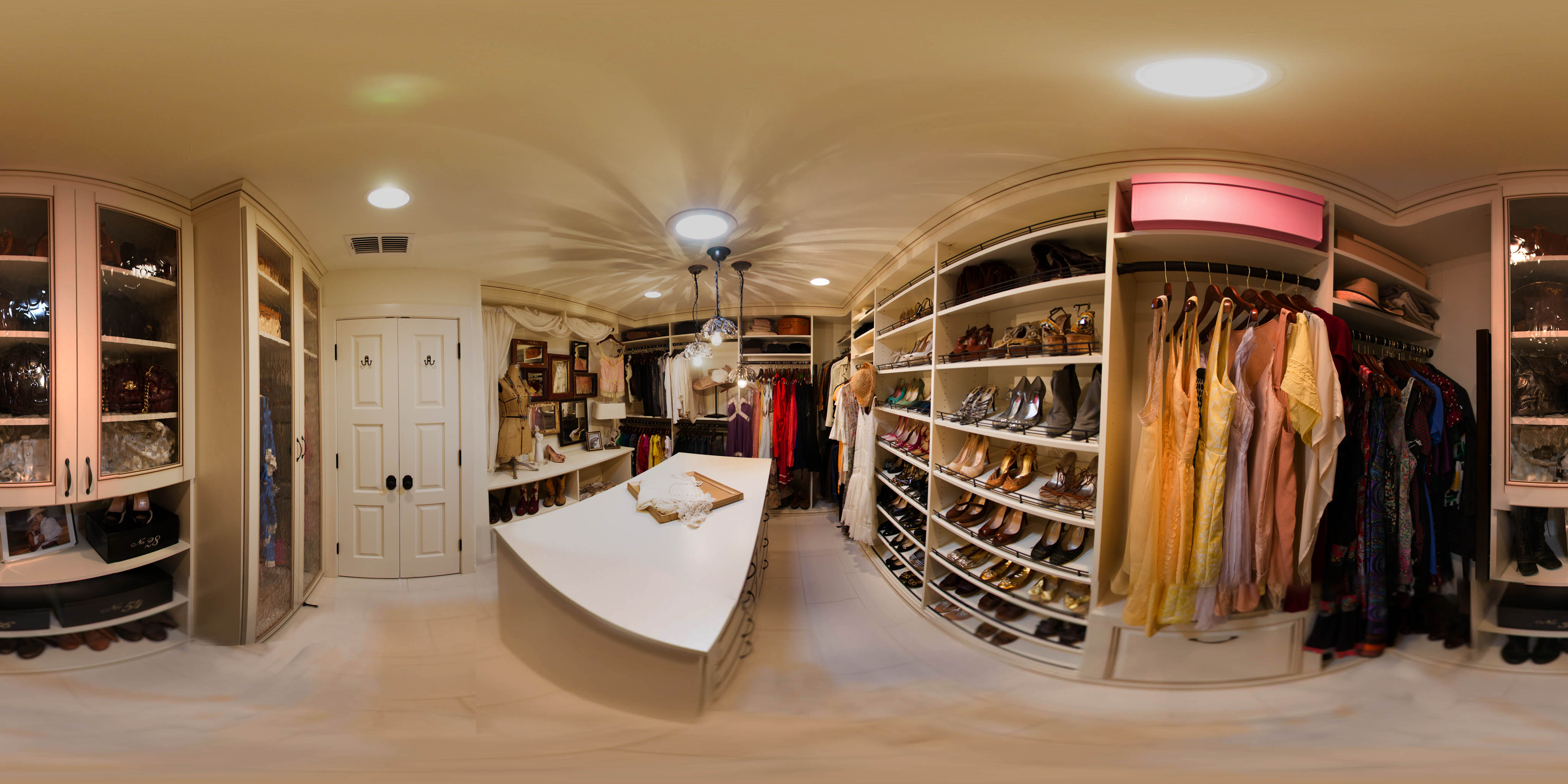 celebrity walk in closet design photo - 1