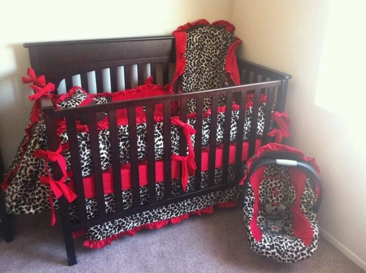 cheetah print and red bedroom photo - 4