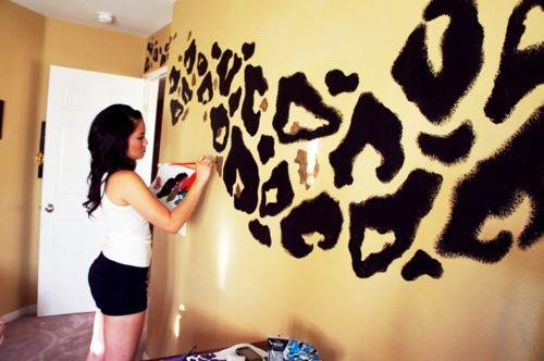 cheetah print bedroom decor photo - 6