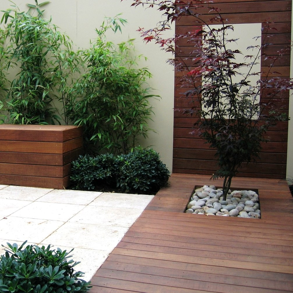 contemporary garden wall ideas photo - 6