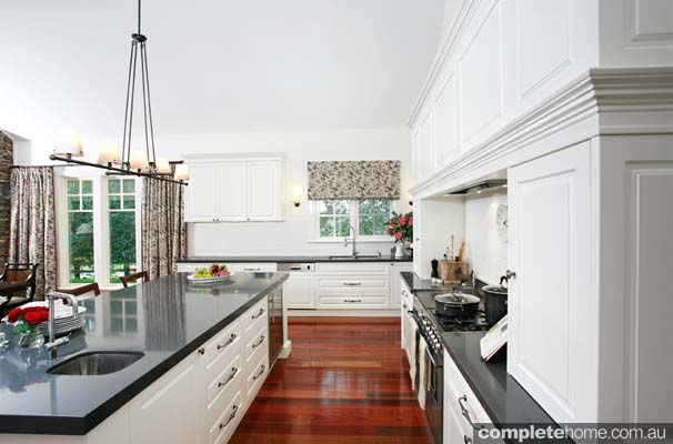 country kitchens with a modern twist photo - 6