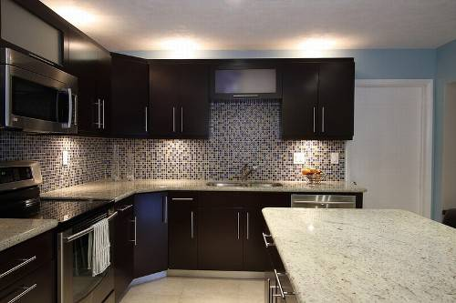 dark cabinet backsplash ideas photo - 5