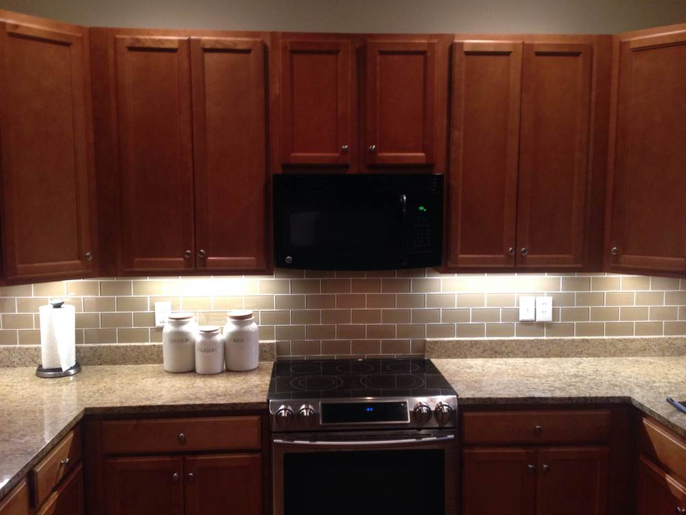 dark cabinets tile backsplash photo - 4