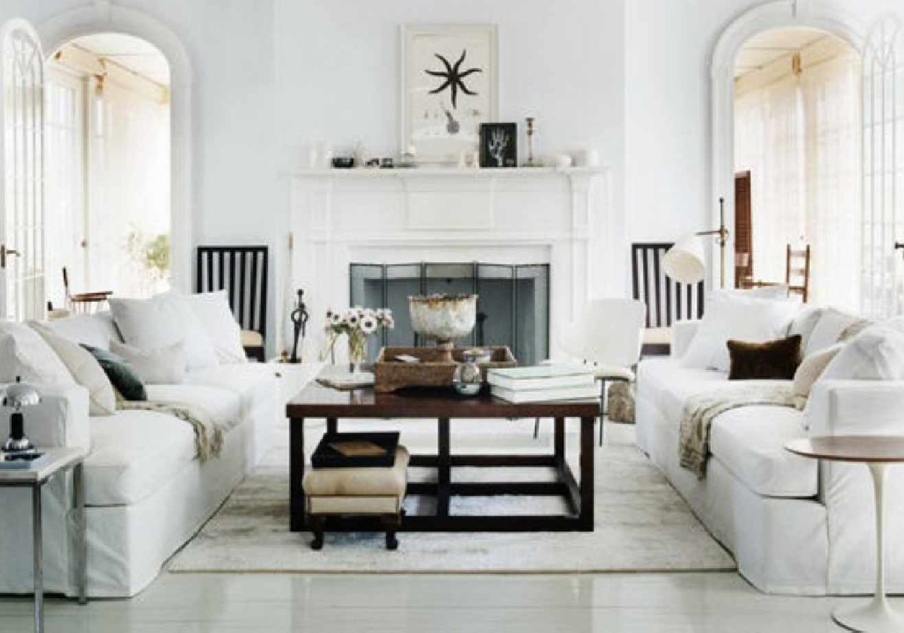 decorating living room with white furniture photo - 2