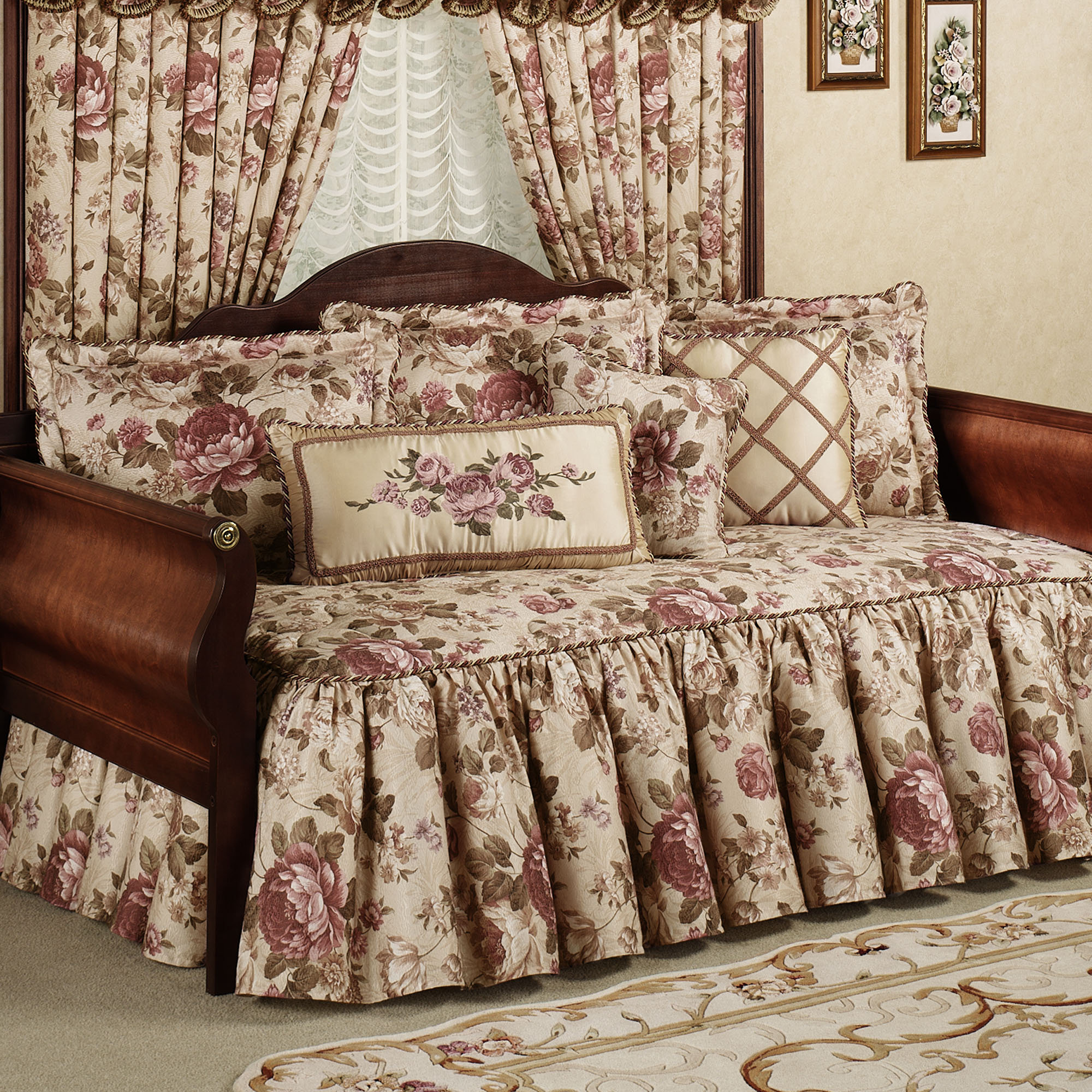 Floral Daybed Bedding Sets Photo 3