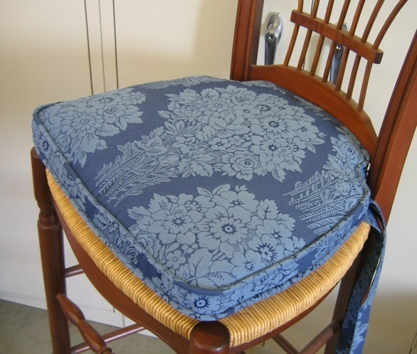 french country kitchen chair pads photo - 5