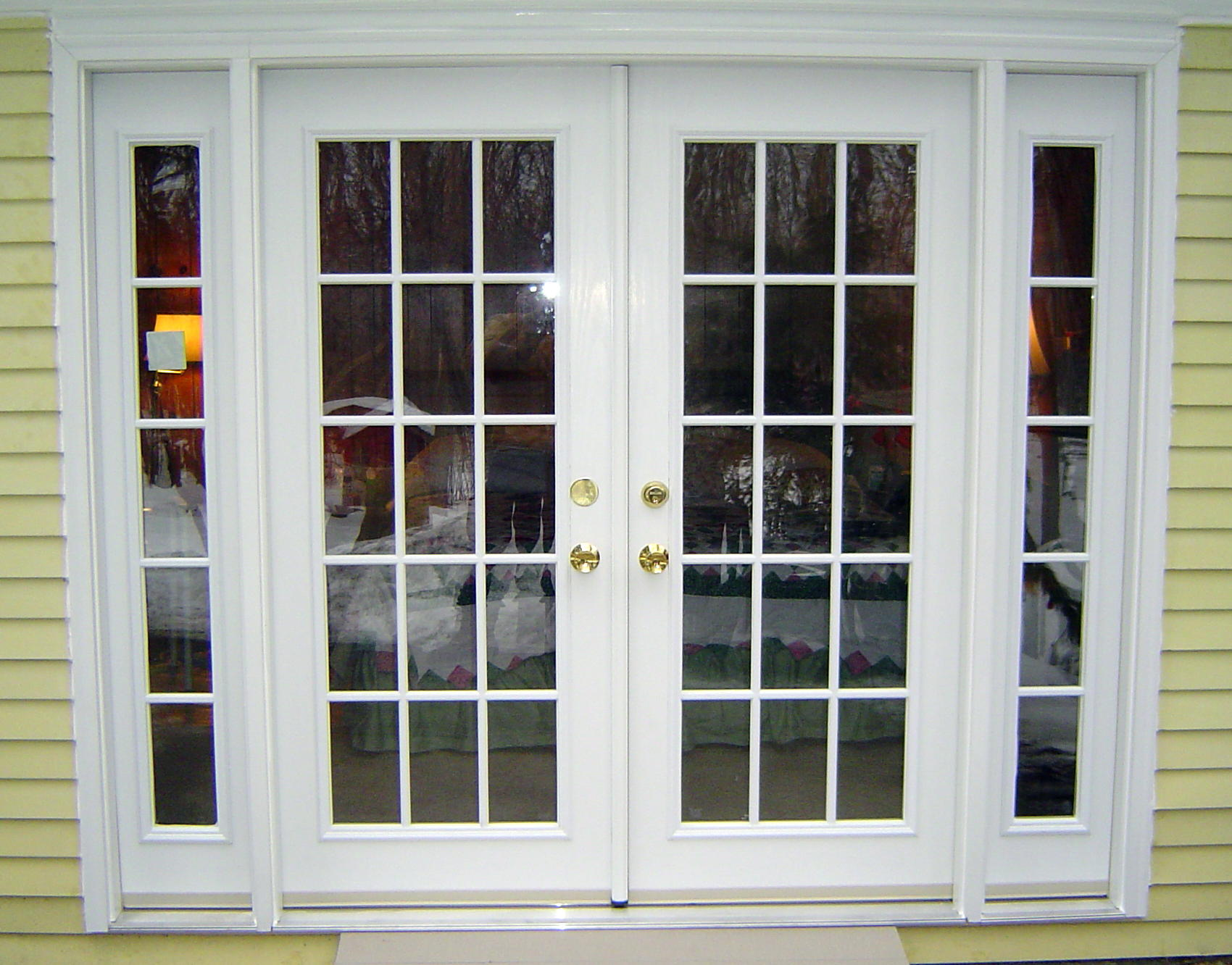Small french exterior doors for home design ideas for Interior exterior french doors