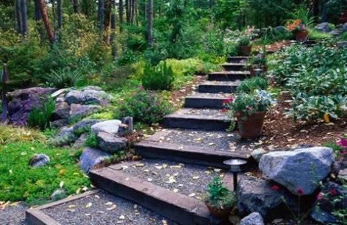 garden design ideas on a slope photo 6