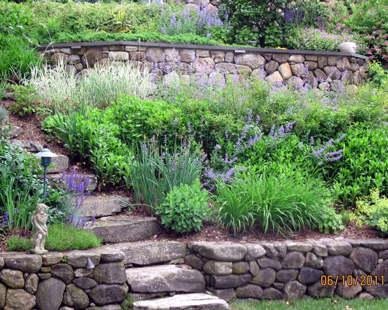 garden design ideas steep slope photo - 2