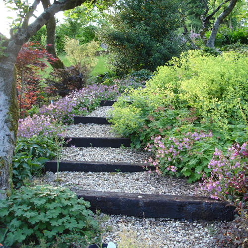 garden design ideas steep slope photo - 6