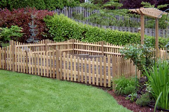 Delightful Garden Fencing Ideas