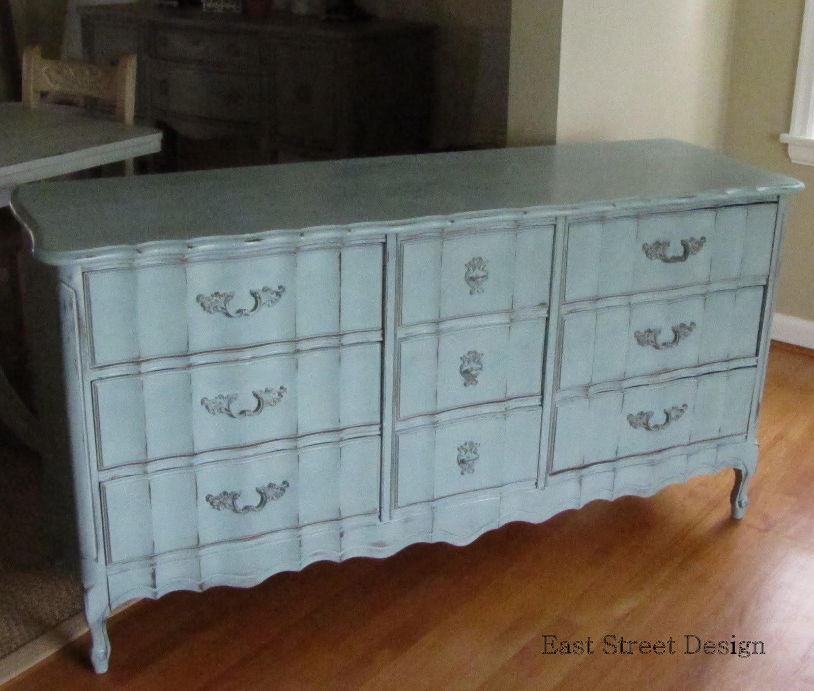 ideas painting old bedroom furniture photo - 3
