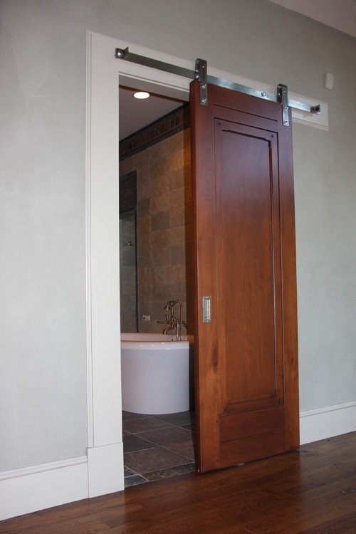 interior sliding doors bathroom photo - 2