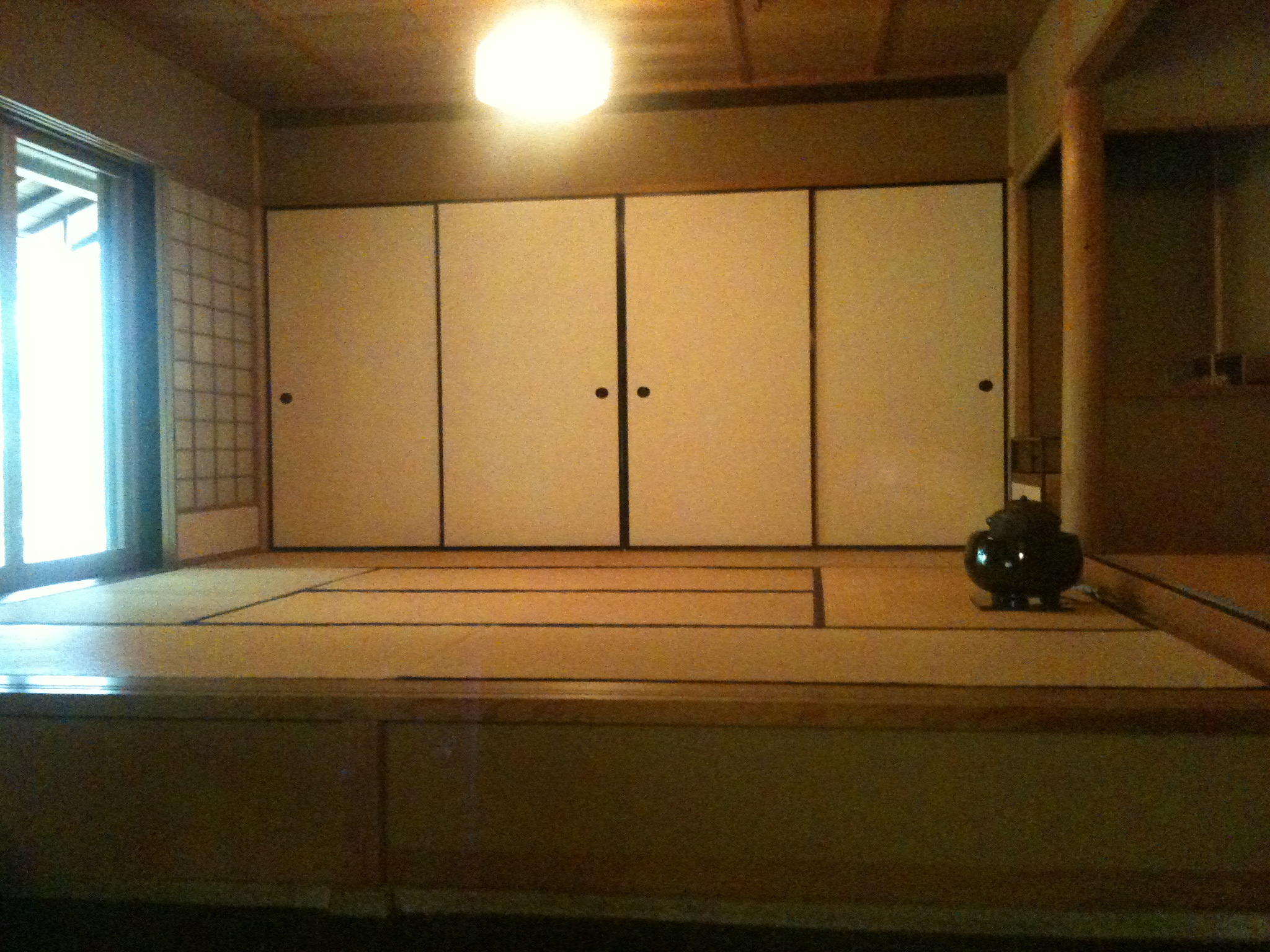 japanese tea house interior photo - 6