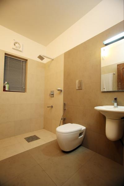 small bathroom design kerala small bathroom design kerala brightpulse - Bathroom Design Ideas In Kerala