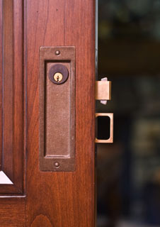 keyed interior sliding door lock photo - 2