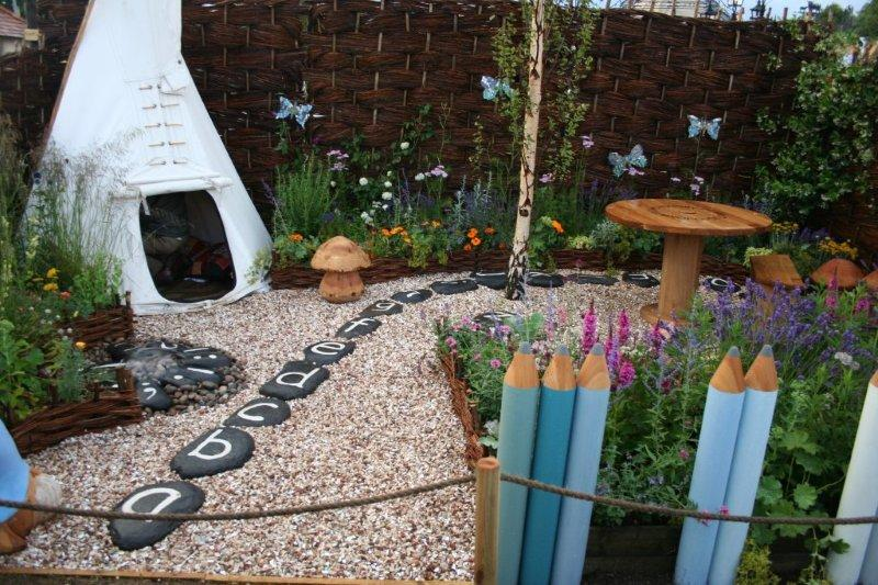 kid friendly garden design ideas photo 3