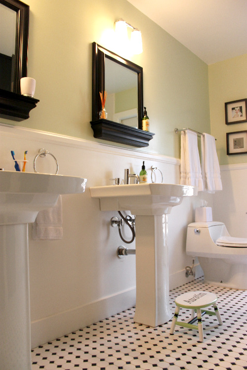 kids and guest bathroom ideas photo - 4