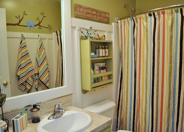 kids and guest bathroom ideas photo - 5