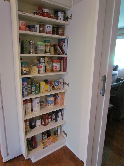 kitchen and pantry open hours photo - 4