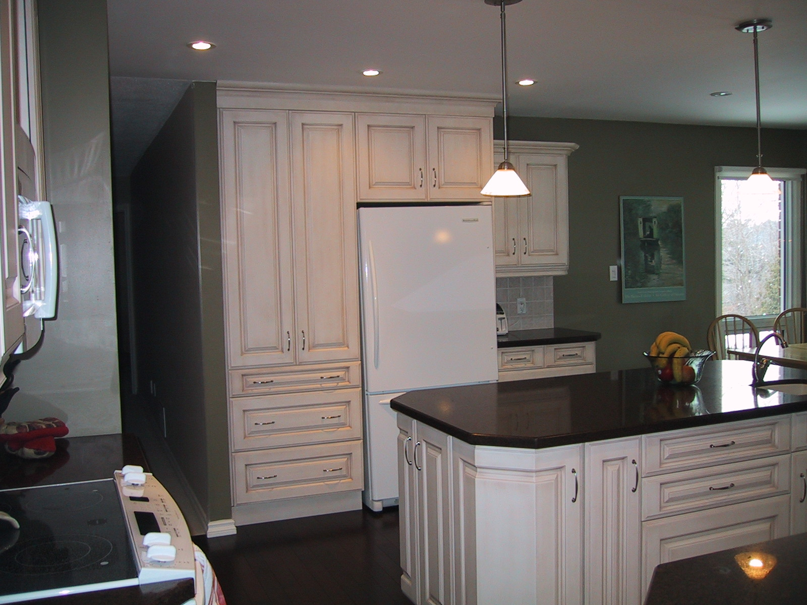 kitchen cabinet bulkhead ideas photo - 3
