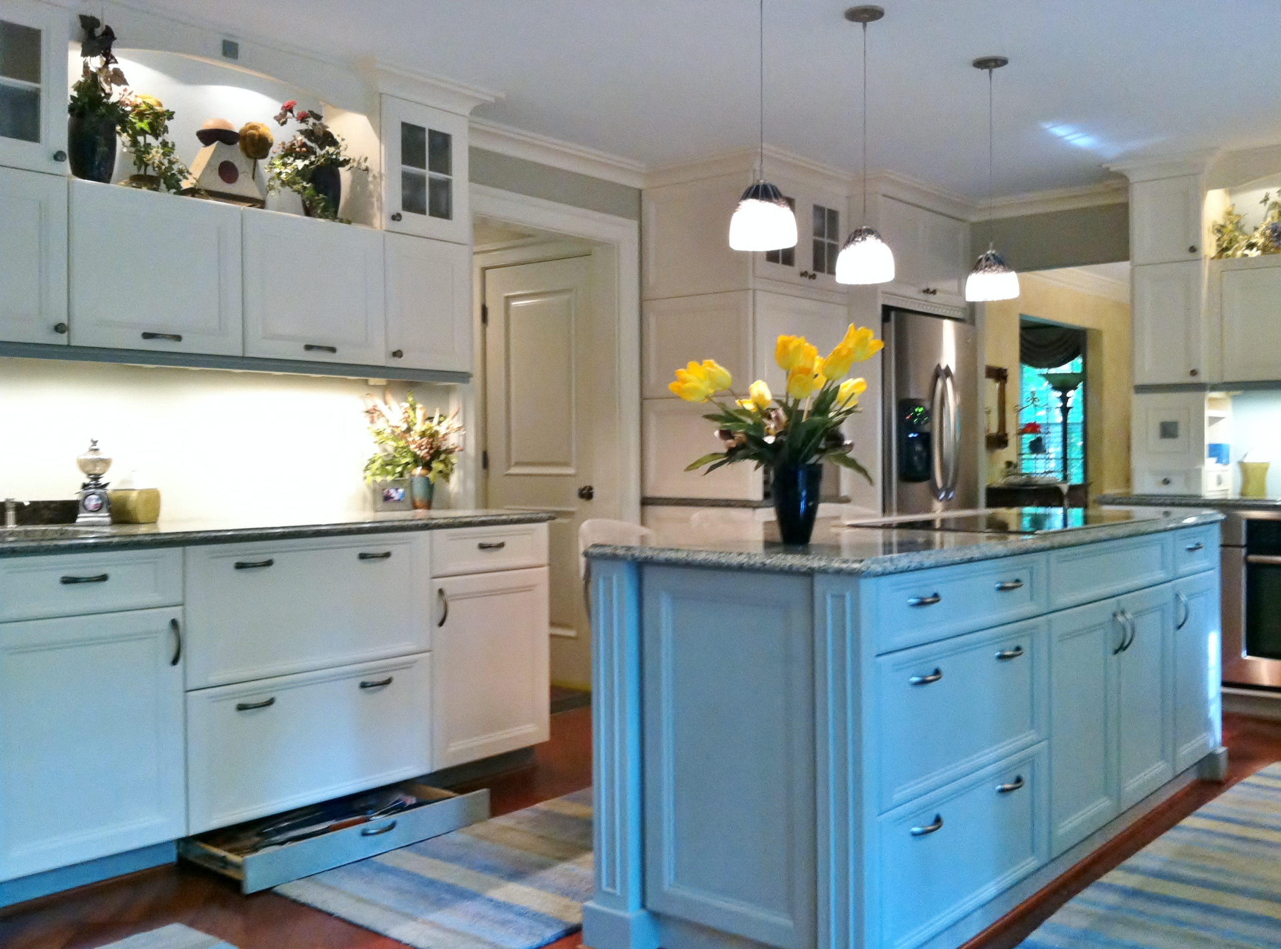 kitchen cabinet toe kick ideas photo - 2
