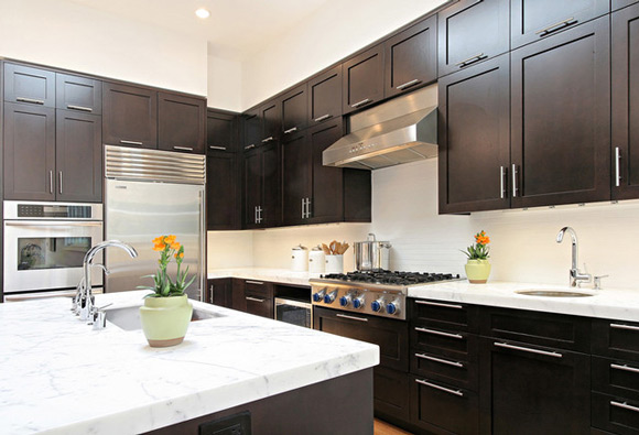 kitchen design ideas with dark cabinets photo - 4