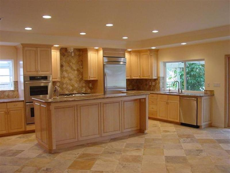 kitchen design ideas with maple cabinets photo - 3