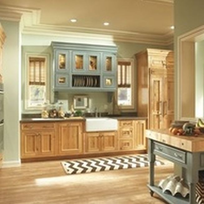 Paint ideas for kitchen with oak cabinets roselawnlutheran for Kitchen ideas for oak cabinets