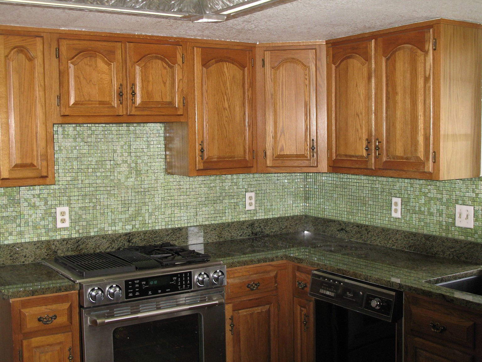 kitchen tile backsplash design ideas glass tile photo - 1