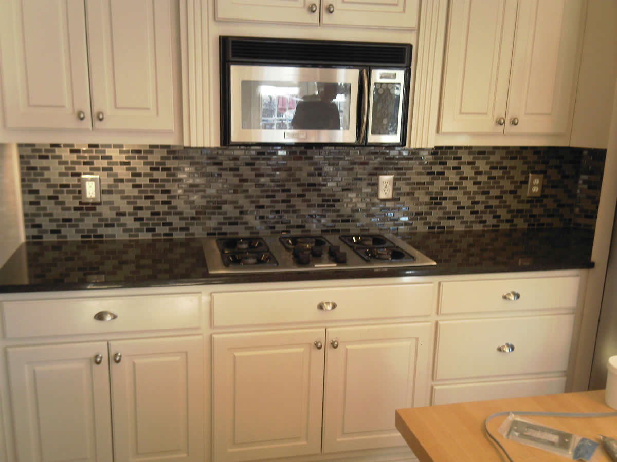 kitchen tile backsplash design ideas glass tile photo - 4