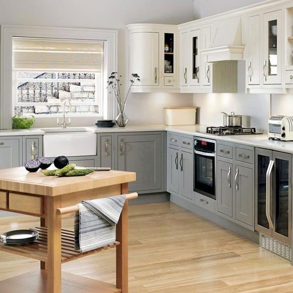 l shaped kitchen with corner pantry photo - 5