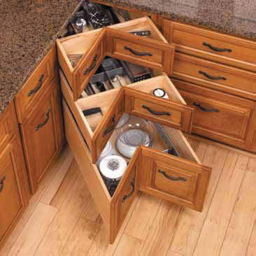 l shaped kitchen with corner pantry photo - 6