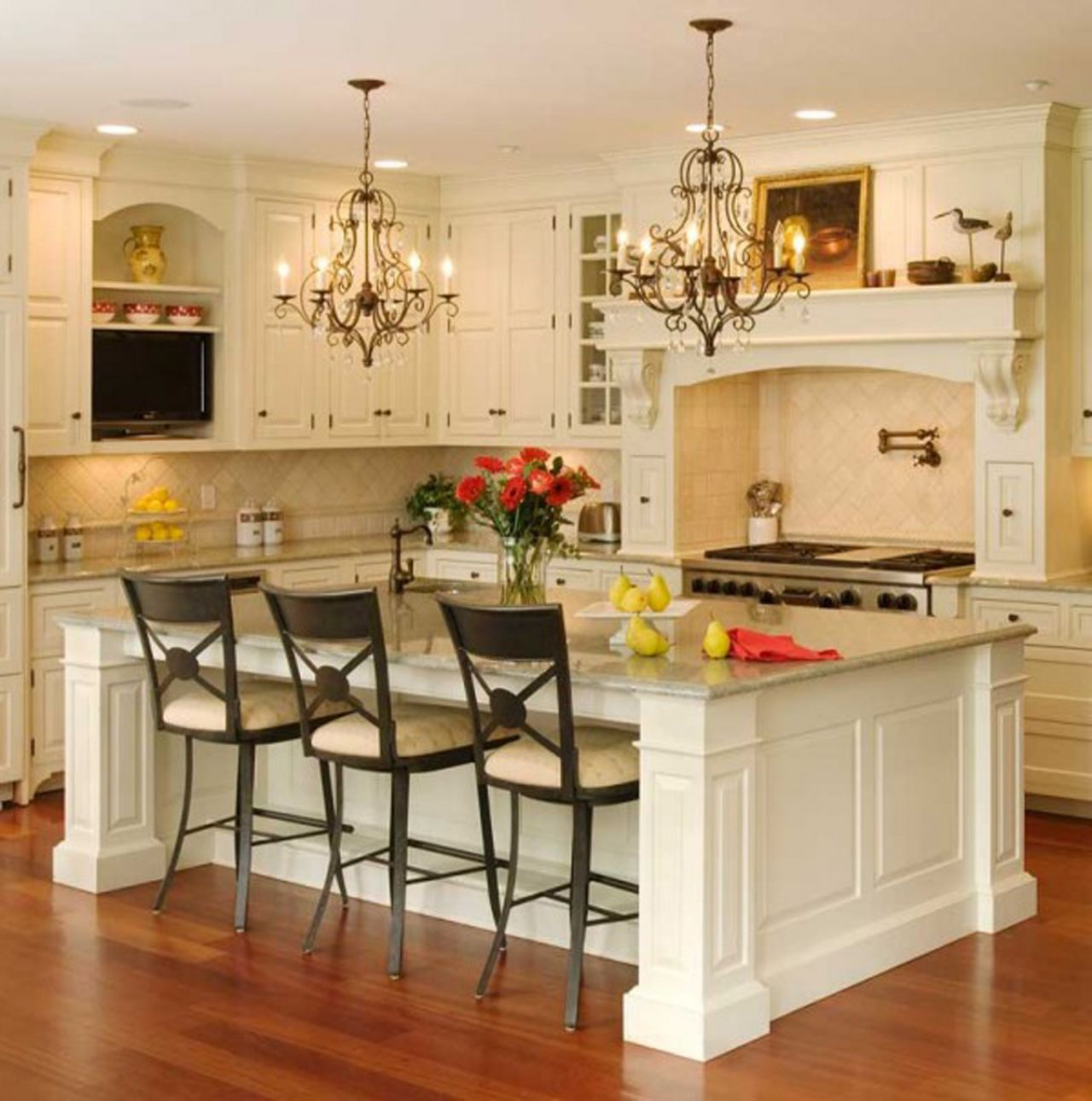 l shaped kitchen with white cabinets photo - 5