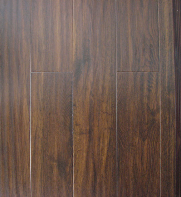 laminated wooden flooring photo - 6