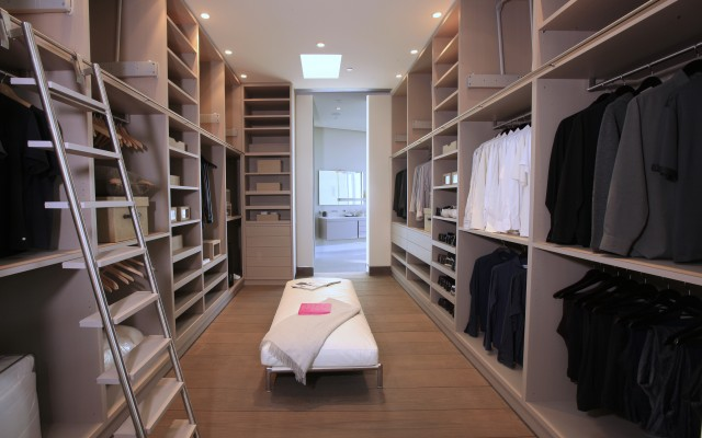 large walk in closet design photo - 4